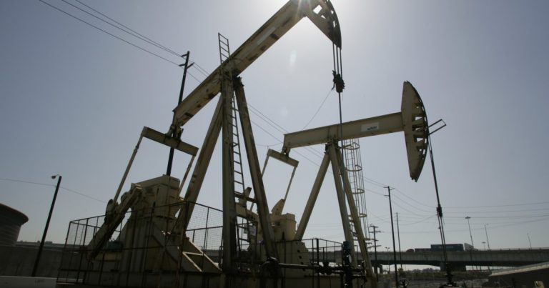 Cleanup of orphaned oil wells could cost California $500 million