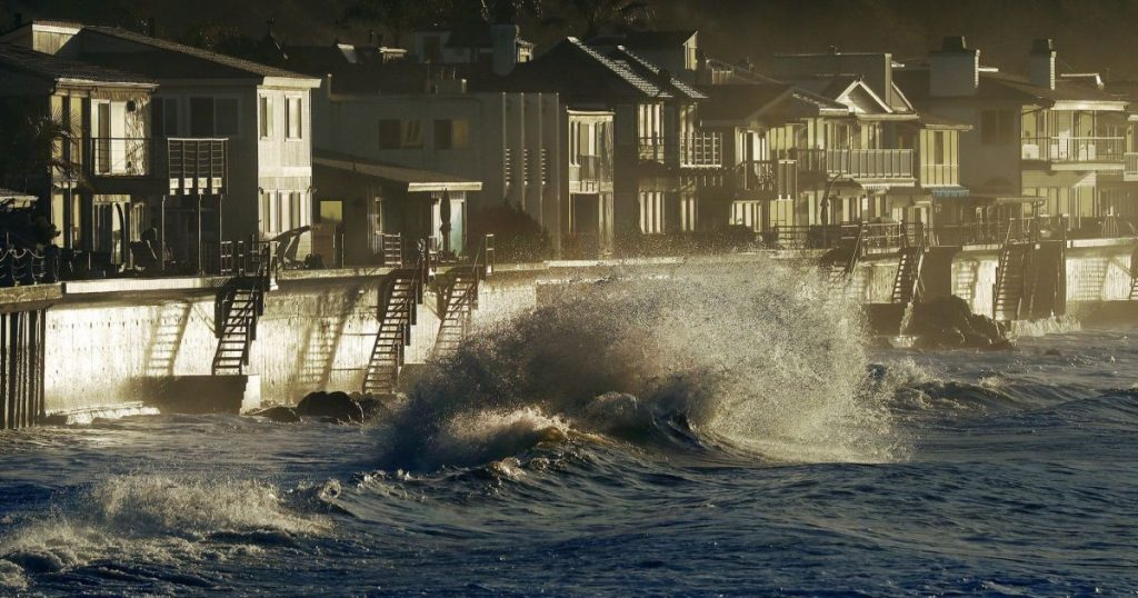 As California beaches shrink, seawalls become battleground