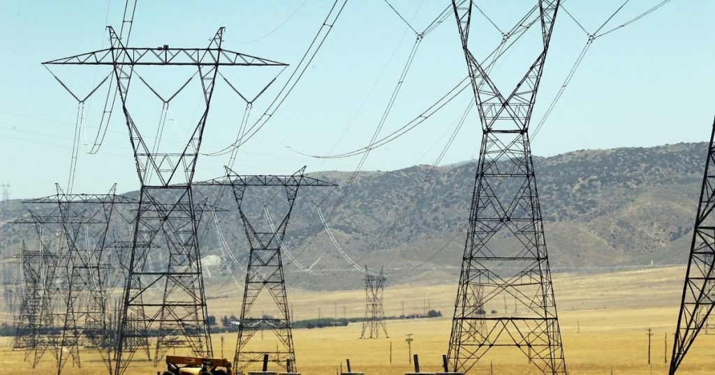 We need jobs and clean energy. Why not build power lines?