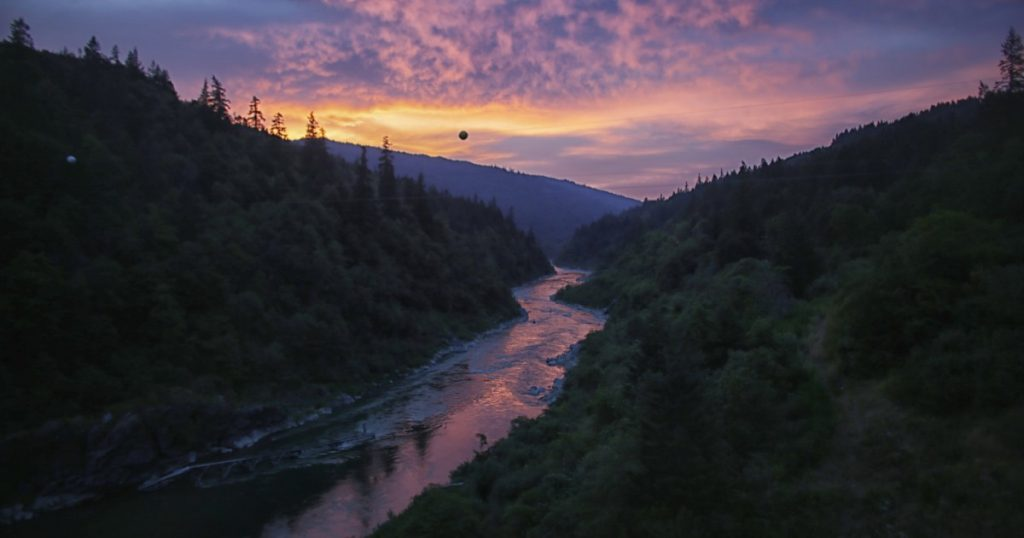 Op-Ed: A victory for salmon, two tribes and the Klamath River