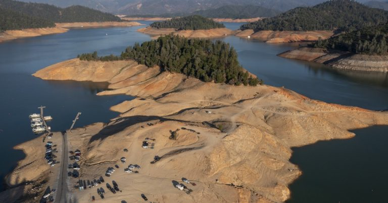 Low California rain levels fuel summer and fall fire risks